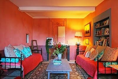 Ronde-couleurs-maison-provencale-523969