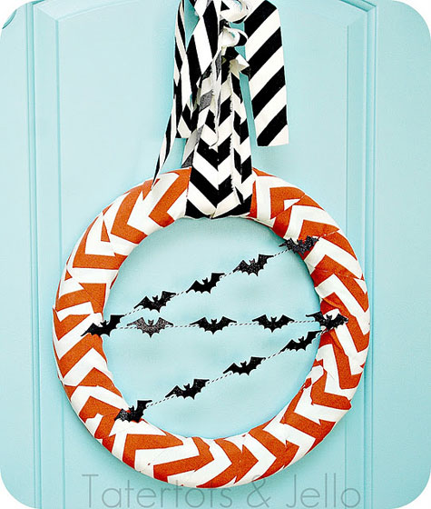 Chevron-halloween-wreath-straight-onw