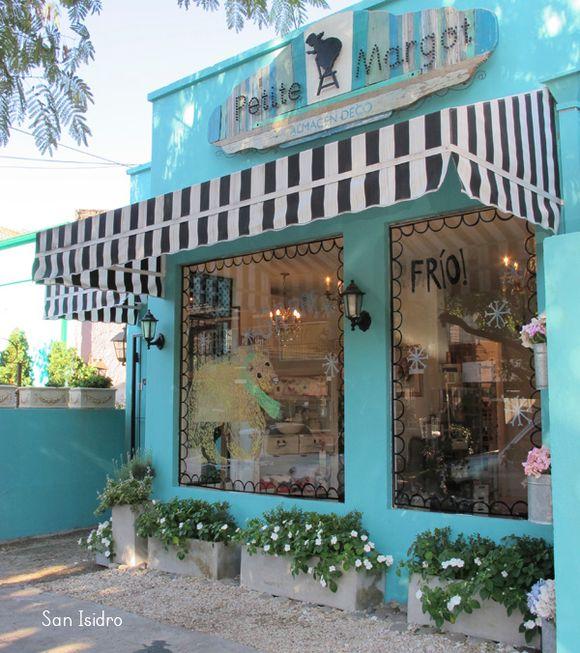 Marcelina locales for Ideas para decorar un local de ropa interior